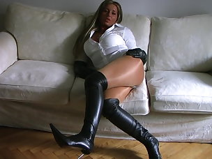 Best Leather Porn Videos